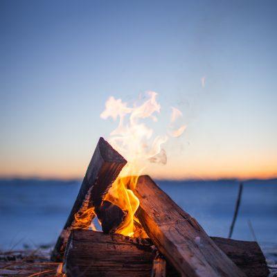 feu en pleine nature